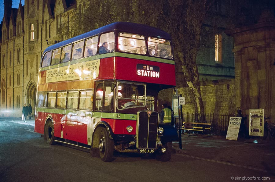 20190330_Twilight_Bus_F100_50-1.2_Lomo_800_38_web