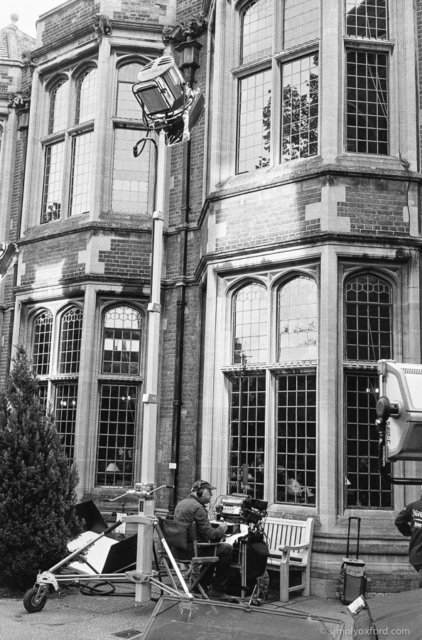 20190819_Endeavour_S7E1_Oxford-Union_M6_HP5_1600_Xtol-stock_26A_web